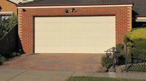 Classic Cream Panel Lift Garage Door