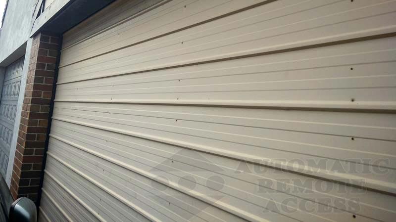 K-panel Horizontal Style, J-Model Tilt Door