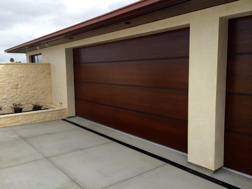 Custom garage doors melbourne timber wooden look doors for Stylish garage doors